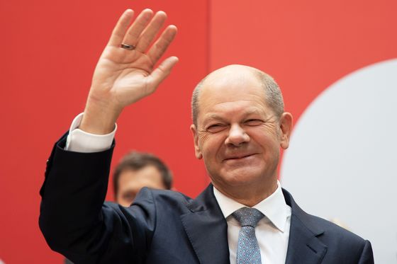 Brexit Is to Blame, Scholz Reminds U.K. on Truck Driver Shortage