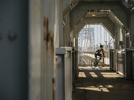 Cyclist Jensen Esteves makes a tight right turn while crossing over the George Washington Bridge. (Shot at 1/1500th, f/5.6, and 400iso.)