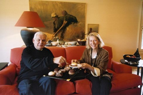 Dimitrios Koutsolioutsos with his wife in March 2004.