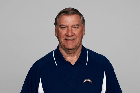 Former Bills General Manager Buddy Nix