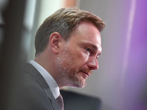 German Greens, FDP Push Forward in Post-Vote Coalition Jockeying