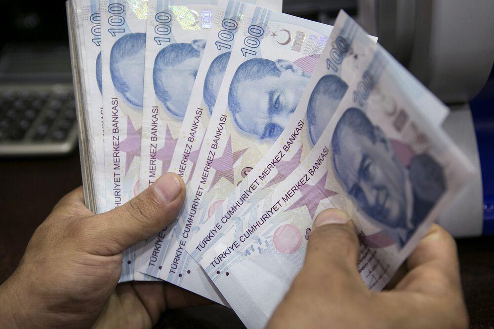 Η τουρκική λίρα αναπτύσσει ανοσία στον πληθωρισμό