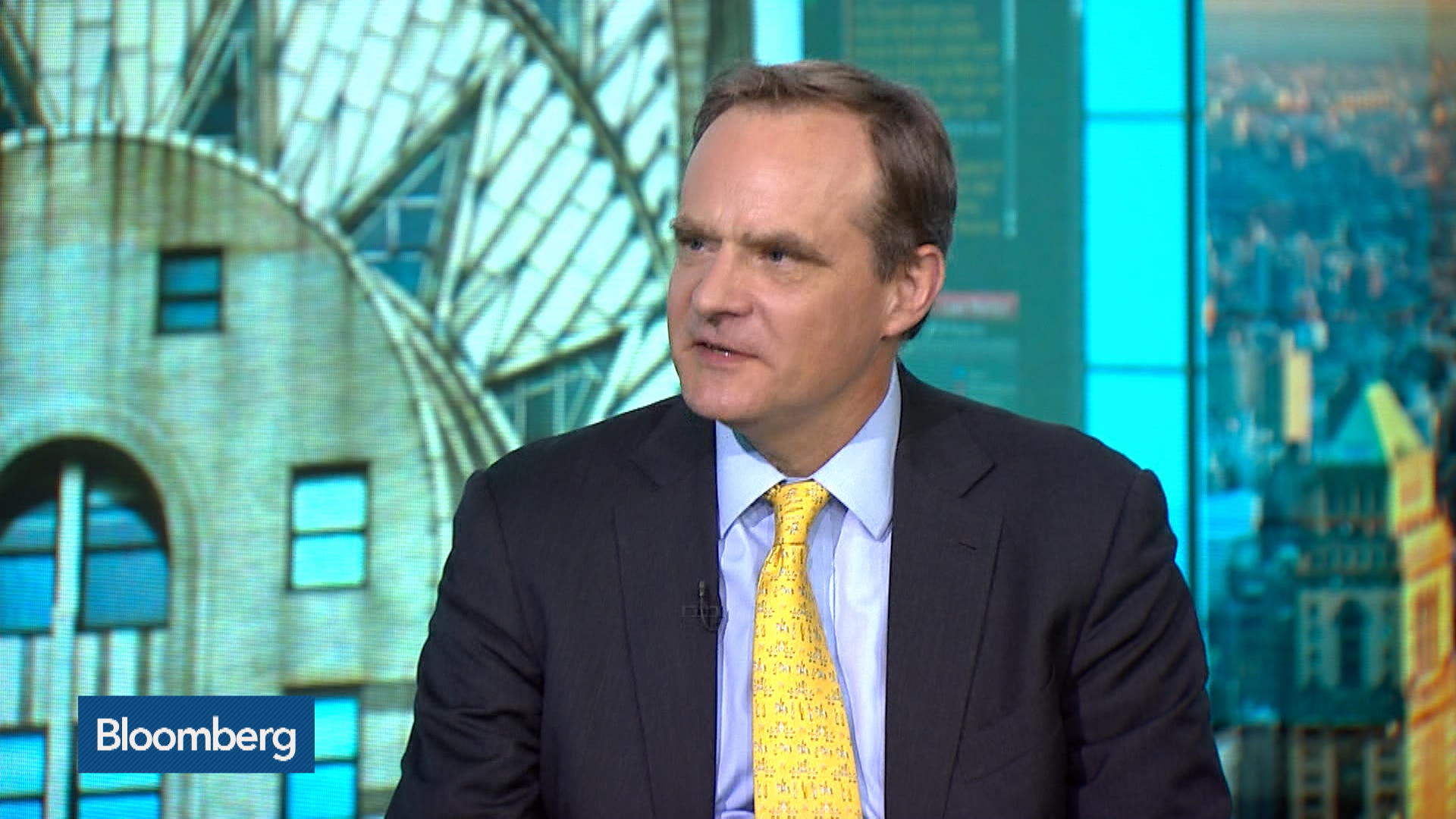 U.S. in Danger of Doing Financial Crisis Again, MIT's Johnson Warns