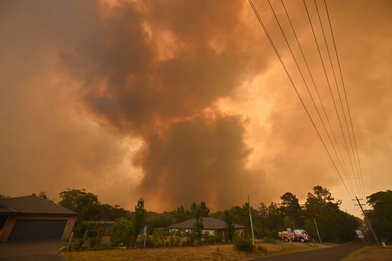 Australian PM Downplays Climate Change as Cause of Deadly Fires