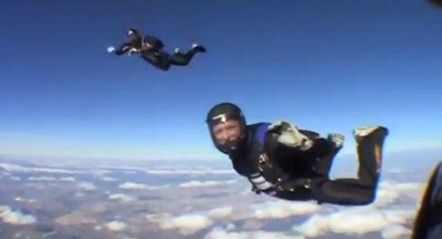 EADS CEO Tom Enders Parachuting