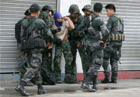 Philippines' Combat Police Forces