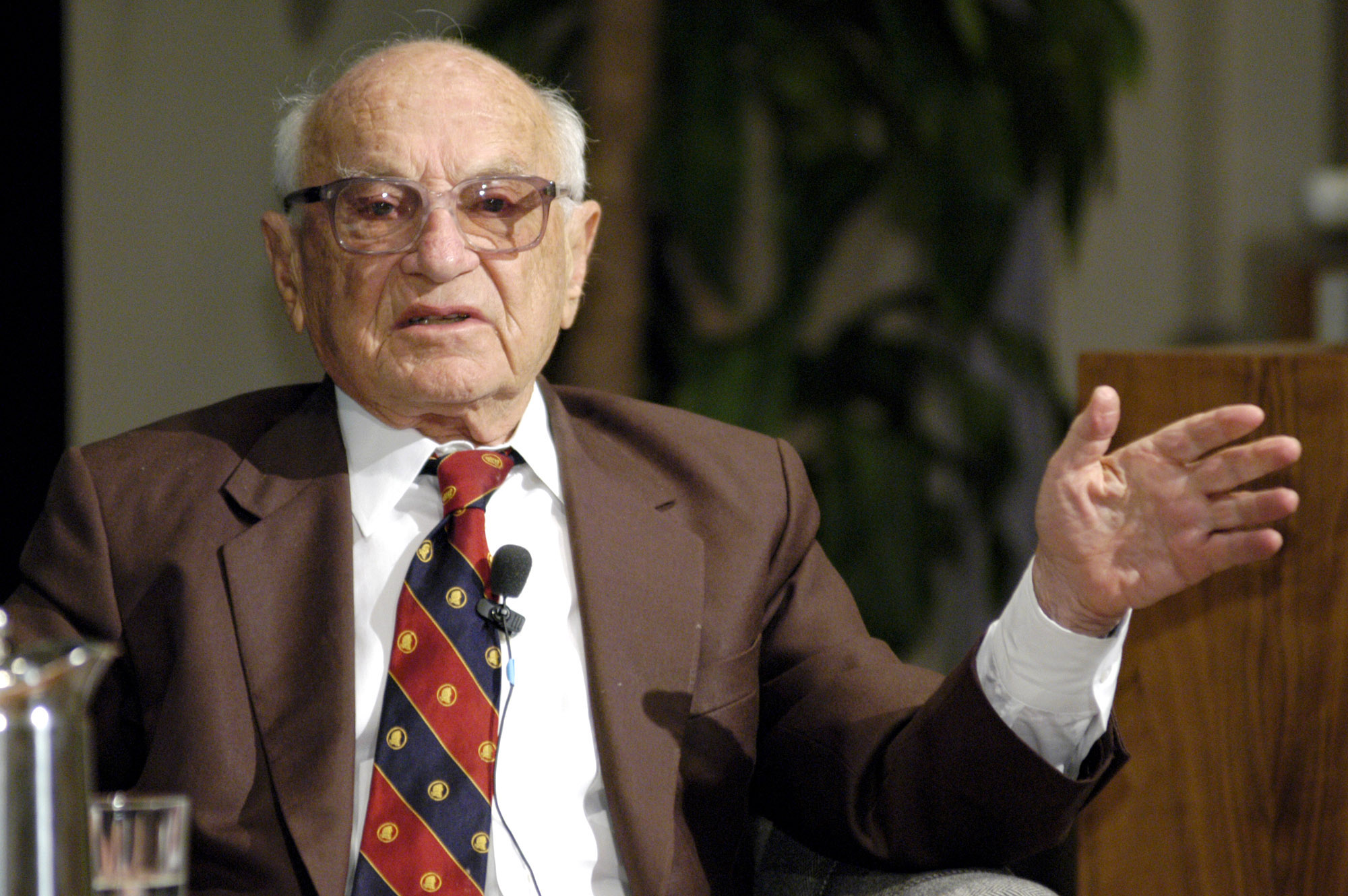 milton friedman essays milton friedman essays does anyone here know who milton friedman open technology center milton friedman on