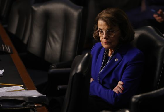 Feinstein Faults Barr's 'Equivocation'on Releasing Mueller Report