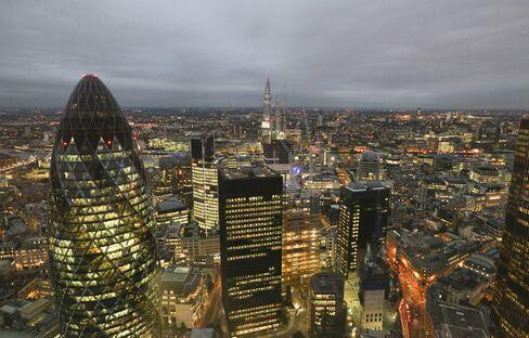 Bonus Cap to Turn U.K. Bankers Against EU, Tory Lawmaker Says
