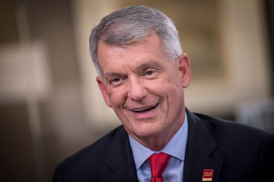 Wells Fargo Boosts CEO Tim Sloan's Pay to $18.4 Million for 2018