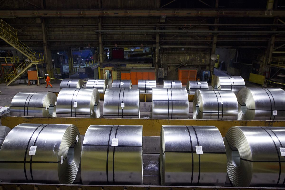 Canadian Trade Panel Recommends Reducing Safeguard Tariffs on Steel