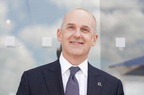Boeing Sticks With CEO Calhoun as Potential Successor Exits