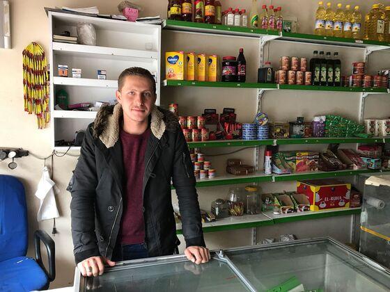 A Flood of Refugees Tests Turkey's Tolerance