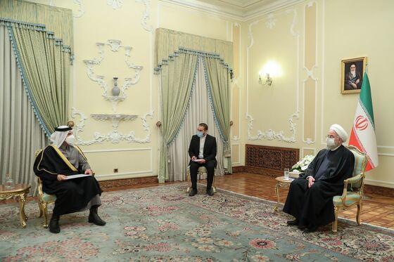 Qatar Minister Vies for Talks Role in Rare High Level Iran Trip