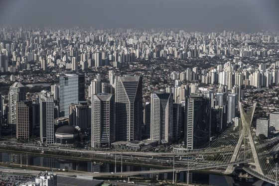 Sao Paulo to Require Vaccine for Entry Into Restaurants, Events
