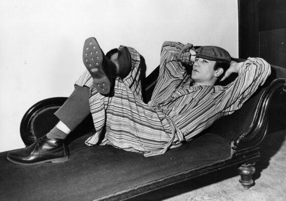 Albert Finney Dies at 82 After Film Career Spanning Five Oscar Nominations