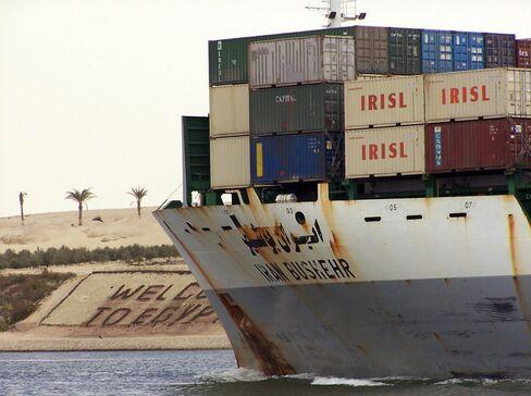 Suez Cargo at Eight-Month High Defying Slowdown
