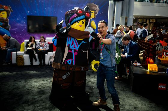 After Toys 'R' Us Demise, No Meltdown at Biggest U.S. Toy Expo