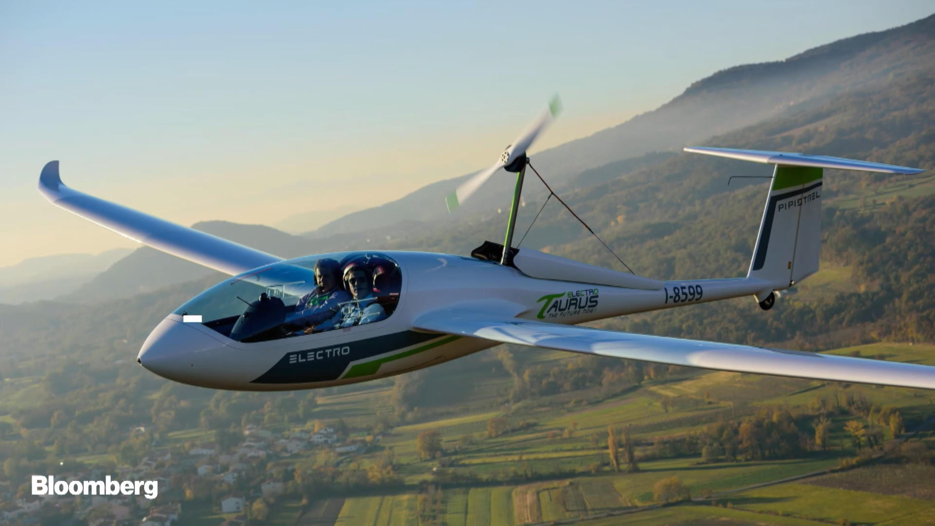 Electric-Powered Airplanes Are Headed for Takeoff