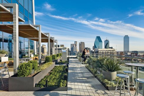 Boston Consulting Group's Dallas Skybox
