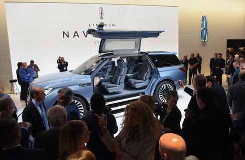 The Lincoln Navigator SUV on display during the 2016 New York International Auto Show.