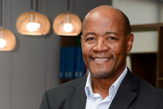 Eskom's Restructuring Chief to Split Duties, Report to Ministers