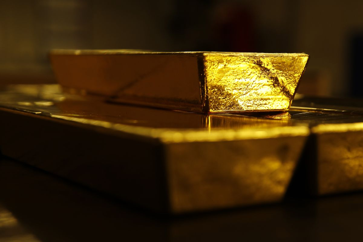 Hong Kong Unrest Sends Gold Investors to Seek Haven in Singapore