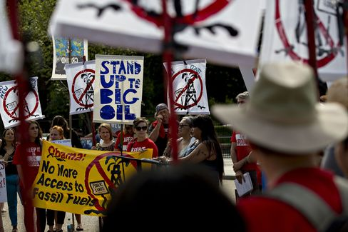 Texas company commits to controversial Dakota Access pipeline