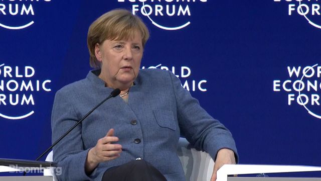 Trump to meet with CEOs in Davos forum