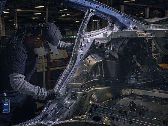 Hell for Elon Musk Is a Midsize Sedan