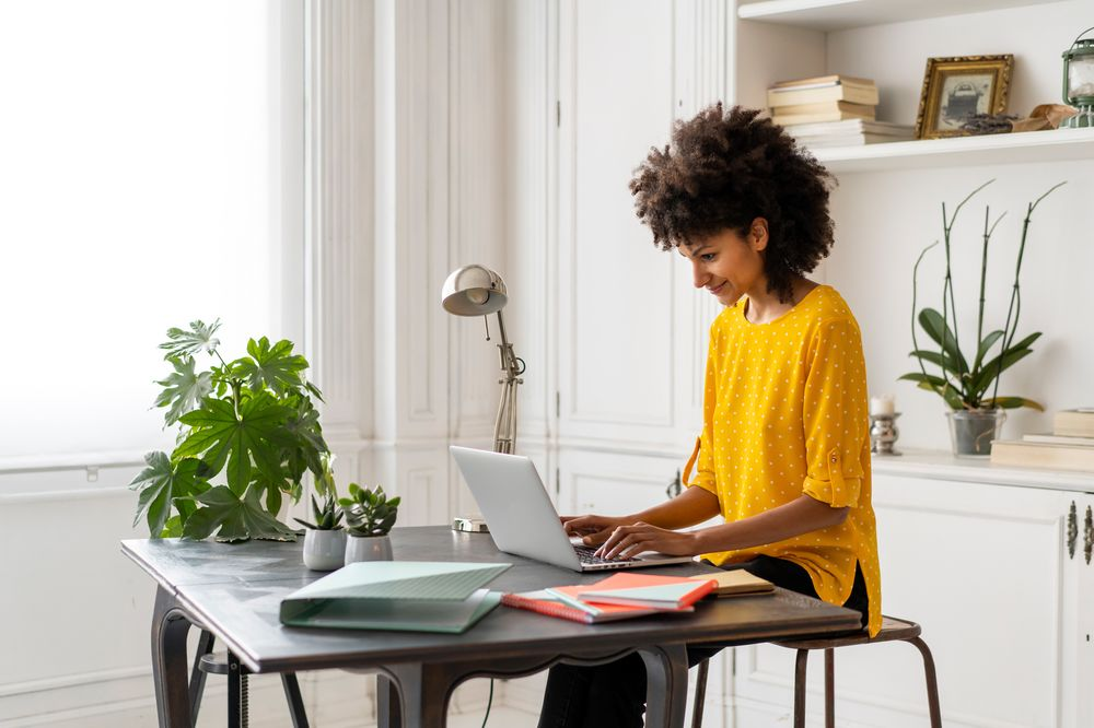 How To Work From Home Tips On Staying Healthy Sane Productive Bloomberg
