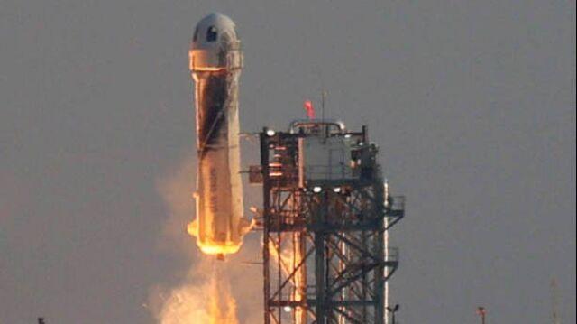 Billionaires Lead Space Race for the U.S.