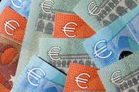 Euro Notes As Currency Headed For Fourth Daily Advance