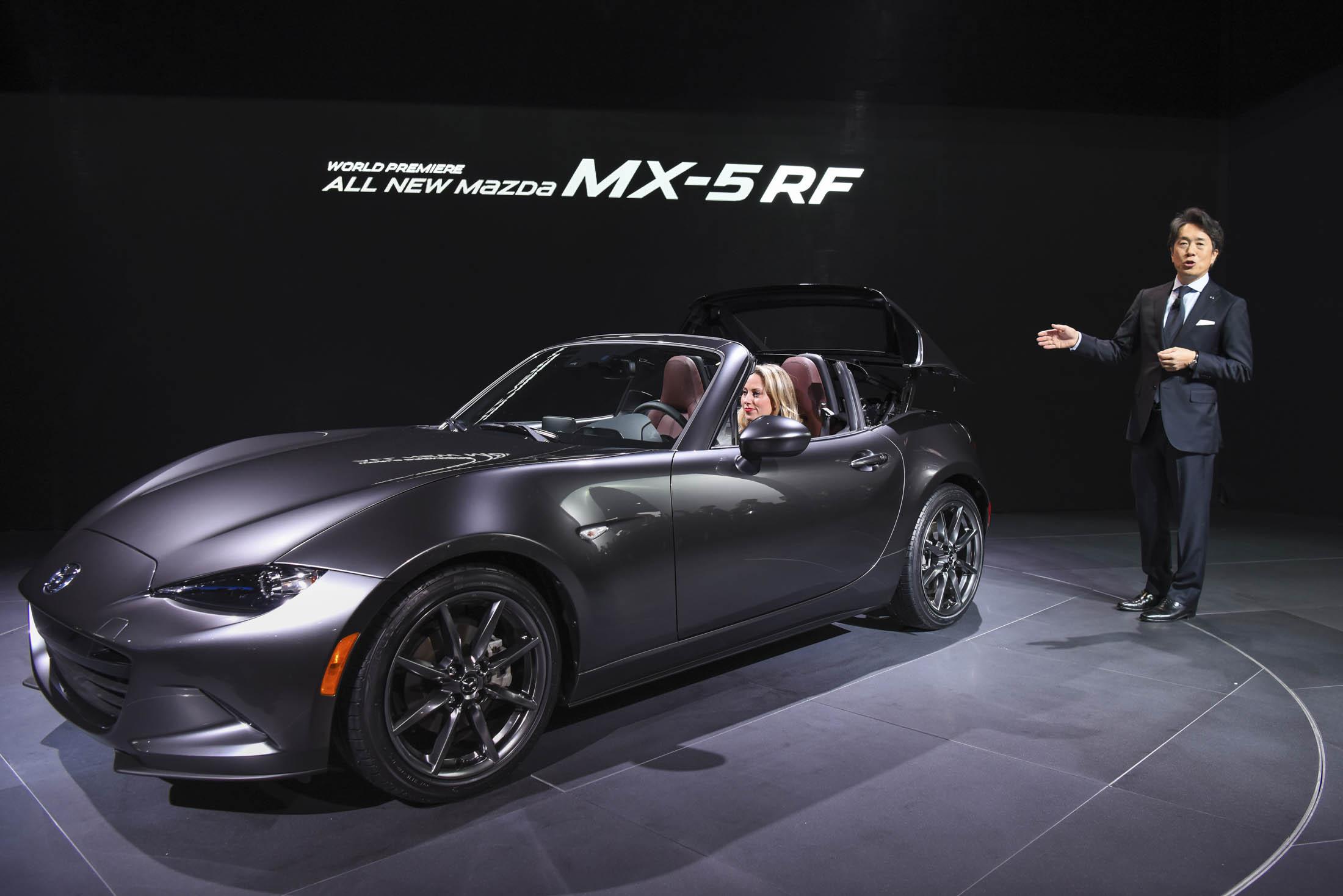 2017 Mazda MX-5 Miata Retractable Fastback (RF)