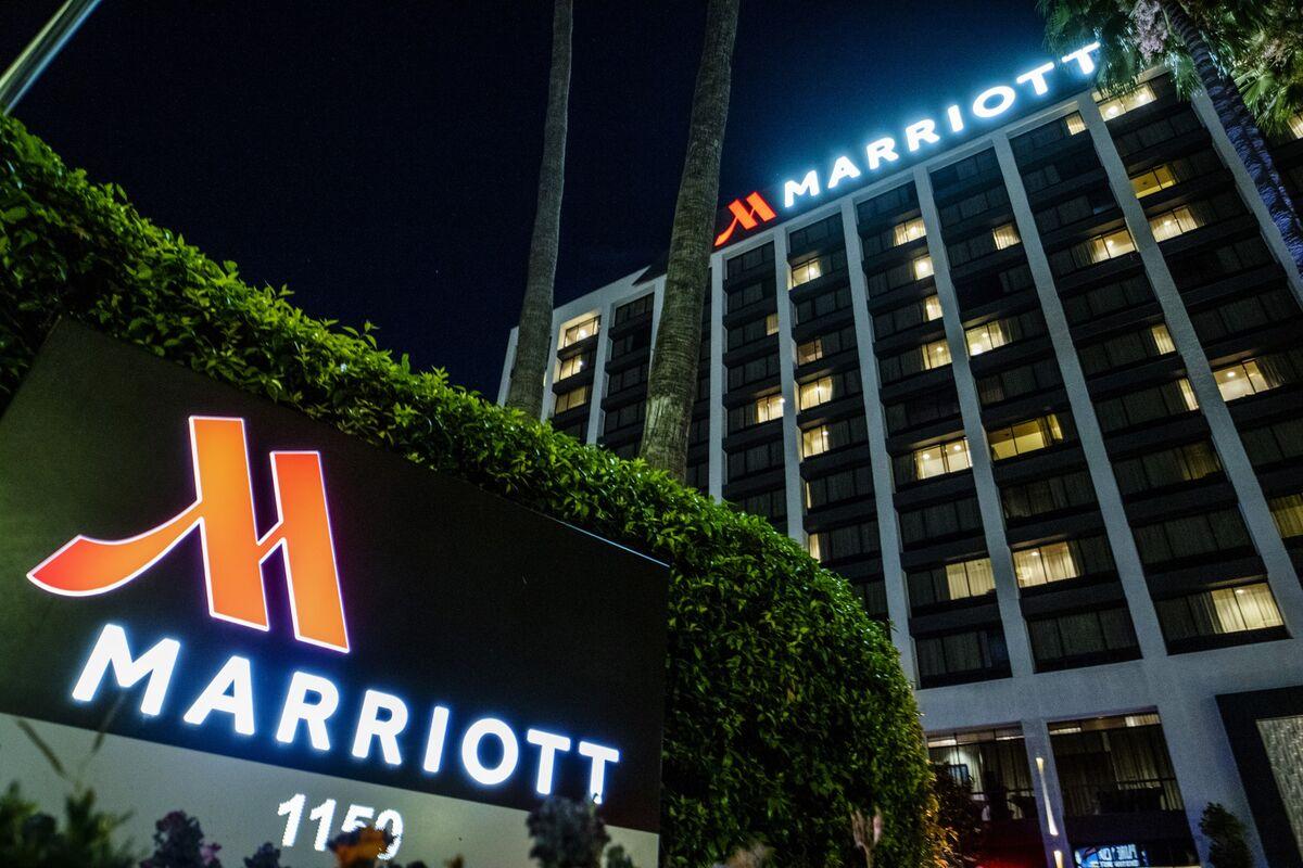 Marriott's Profit Misses Estimates on Slowing Travel Demand