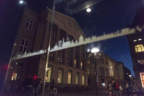 Contagion From Danske Case Feeds a New Fear in Borderless EU