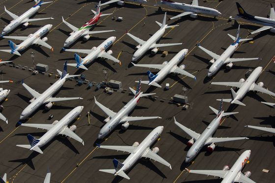 FAA Chief Stresses Need for Better Plane Design and Piloting