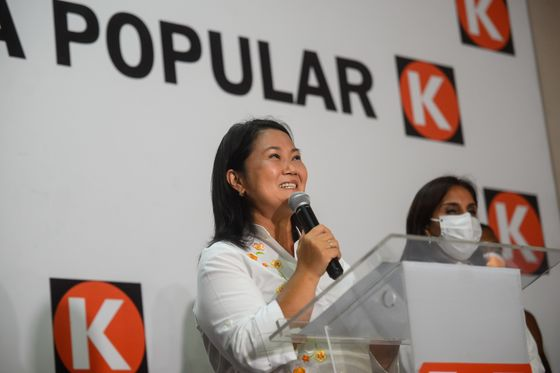 Peru Socialist Set to Face Fujimori in Battle of Extremes