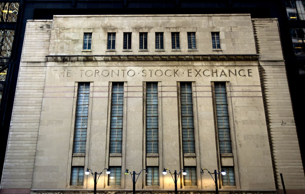 Trudeau Tightens Tax Rules on Stock Options and Mutual Funds