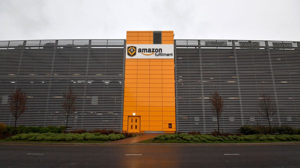 The True Human Cost of All Your Amazon Deliveries