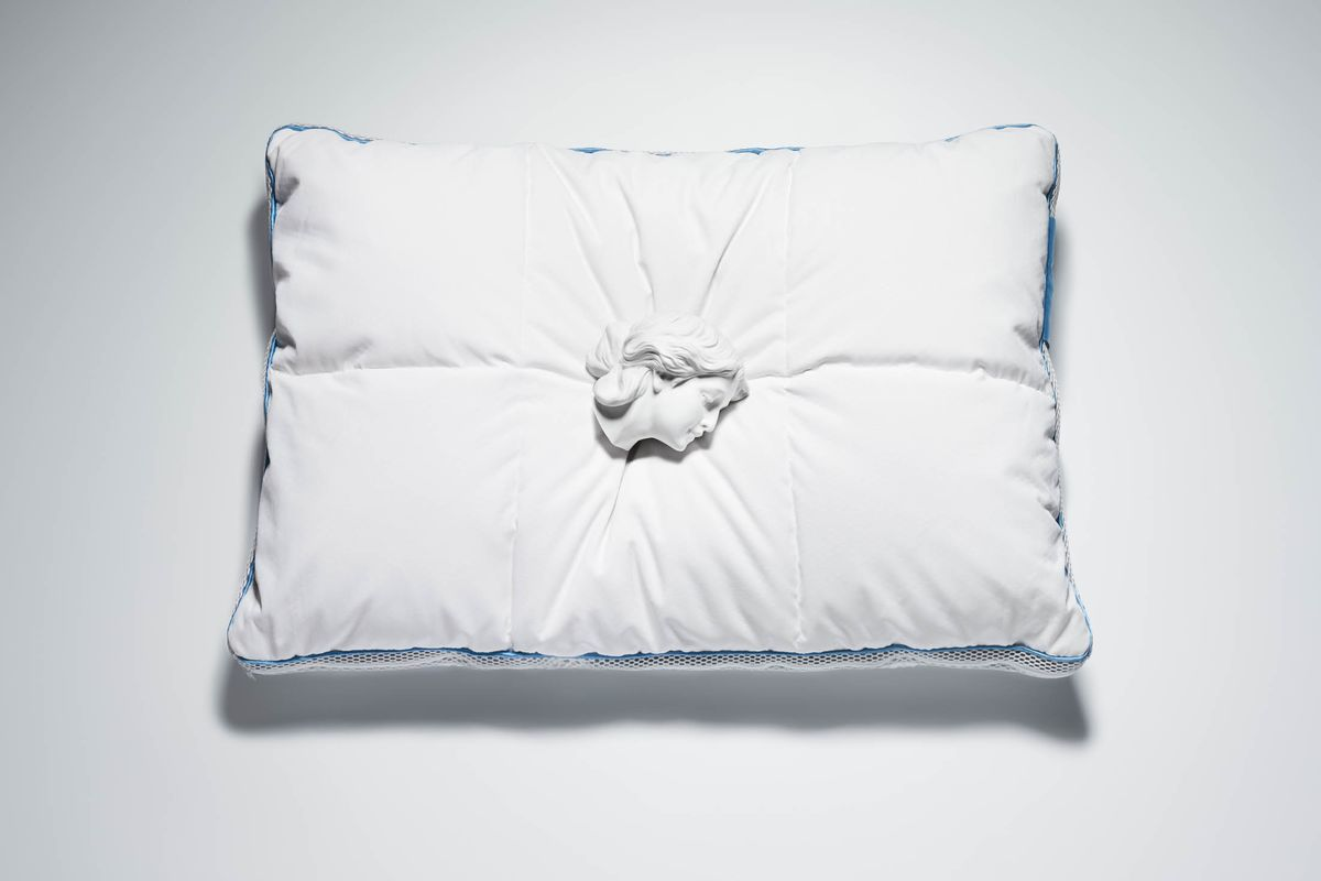 A New Pillow Uses NASA Technology to Deliver a Good Night's Sleep