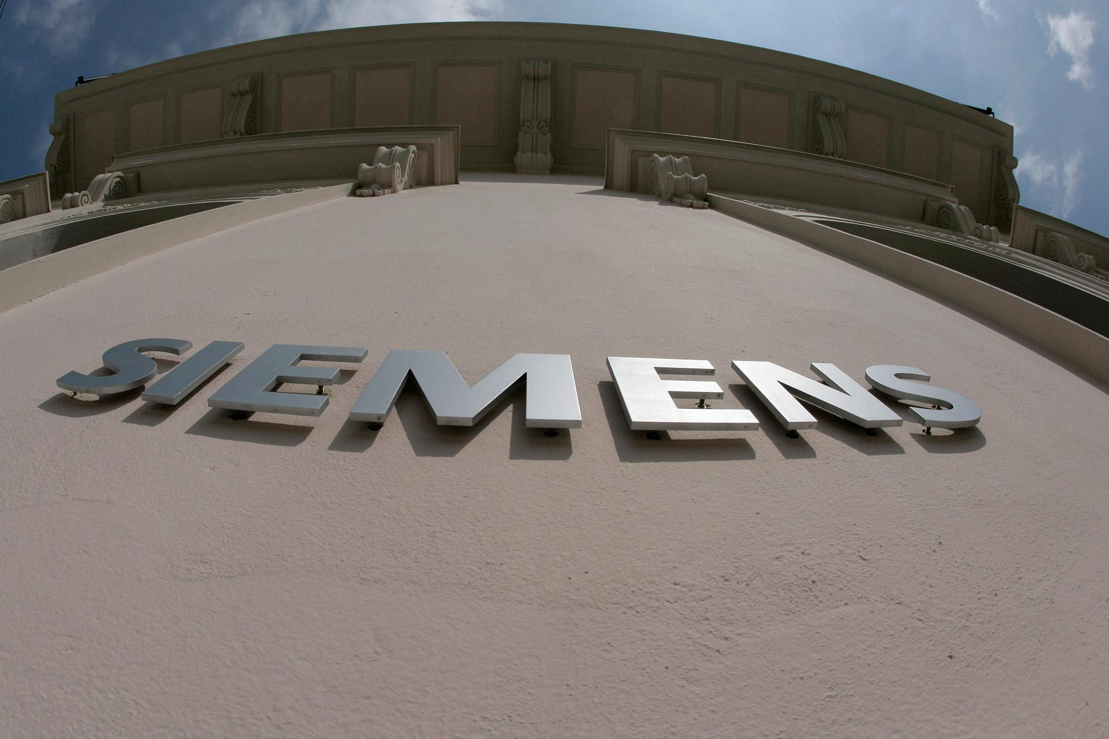 Siemens to Buy U S  Software Maker Mentor for $4 5 Billion - Bloomberg