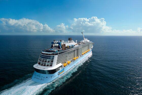 Cruise Fanatics Eagerly Volunteer to Test Virus Protocols Aboard Ships