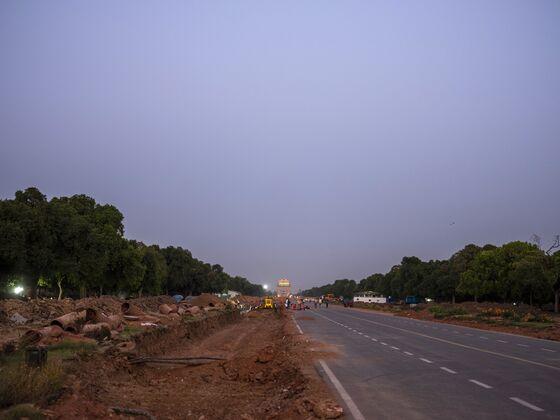 Modi's Sprawling Delhi Makeover Fuels Anger in Virus-Hit India