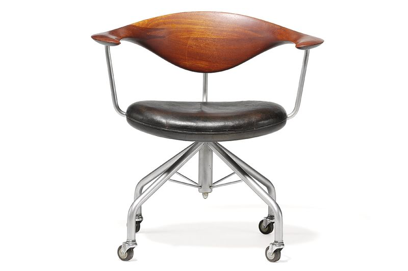 furniture examples. the most exciting pieces hitting block are extremely early examples of wegneru0027s classic chairs as well rare some more furniture