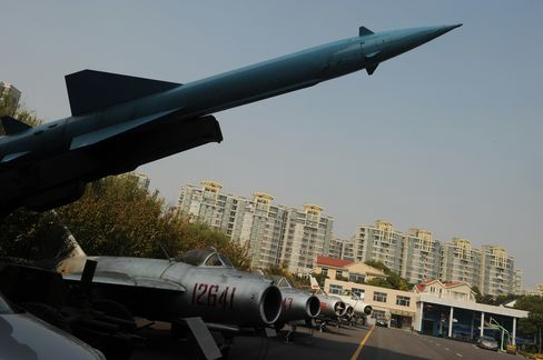 China Nuclear Weapons Stock Grows as India Matches Pakistan Rise