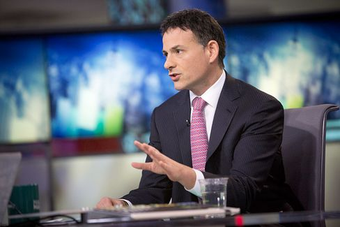 Apple vs. Einhorn: Why the Investor Is Suing a Company He Loves