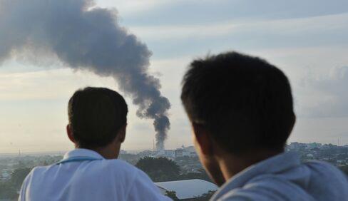 Philippine Troops & Muslim Rebels Standoff