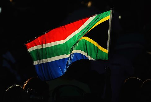 South Africa Rating Cut by S&P on Mining Industry Strikes