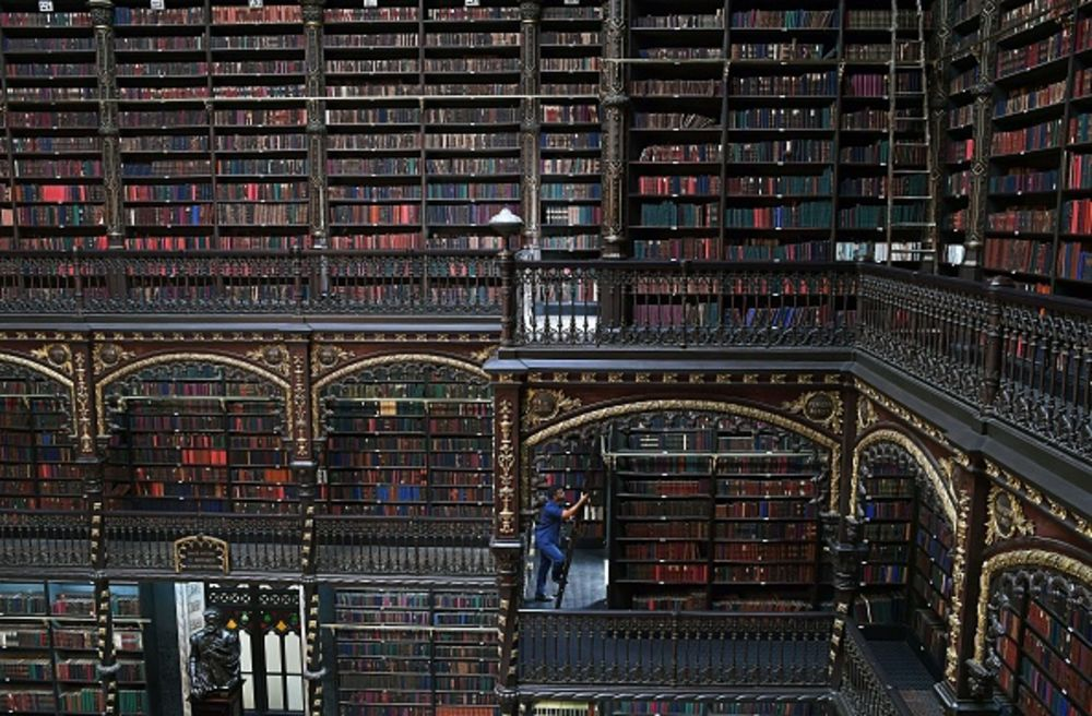 Brazil's Chain Booksellers Can't Beat Amazon